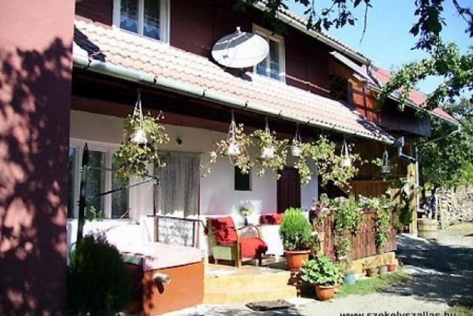 Casa de Oaspeţi Győrpál Levente