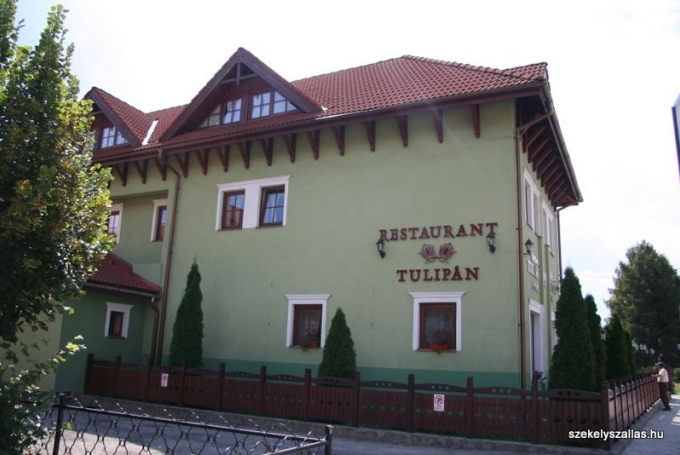 Pensiunea Tulipán (Cozmeni)