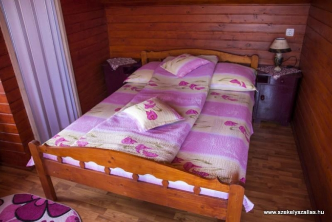 Twin room (with extra bed)