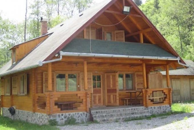 Casa de lemn Pák