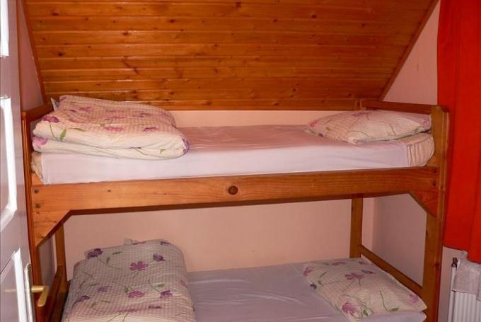 2 drb. emeletes ágyas szoba